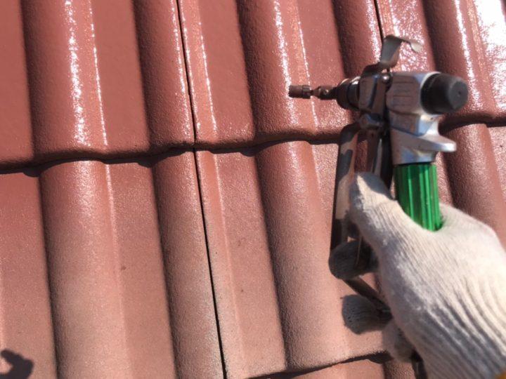 屋根中塗り(吹付)