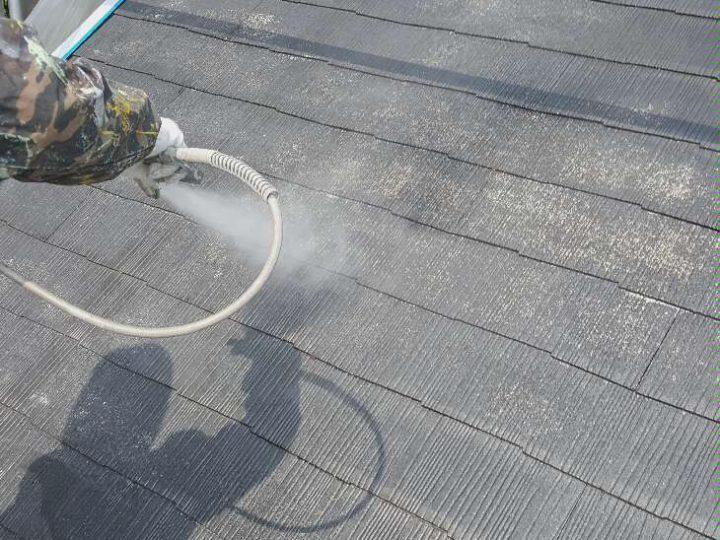 屋根下塗り(吹付)