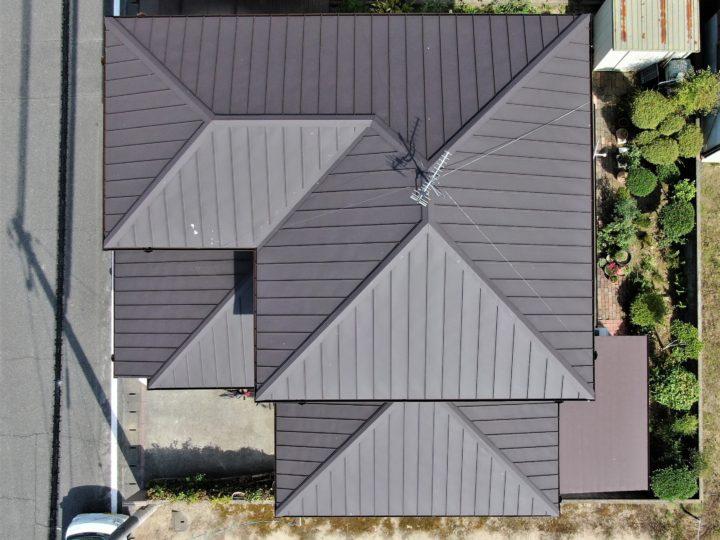 玉野市 M様 屋根葺き替え(ガルバニウム鋼板)工事