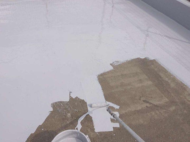 防水材下塗り