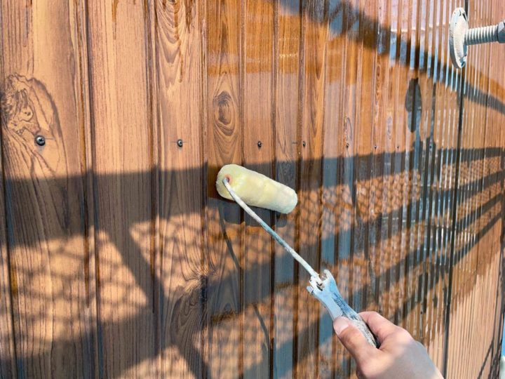 トタン壁下塗り