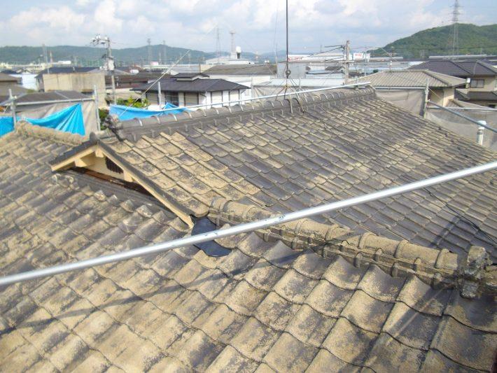 岡山市北区T様邸の施工前のセメント瓦の状態