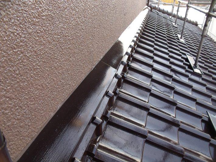 倉敷市I様邸の屋根無機ハイブリッド塗装の様子
